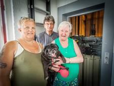 HW Wonen grijpt in: nieuwe traplift met stoel alternatief voor 'horrorlift'