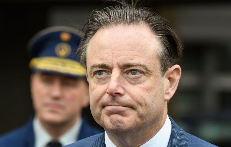 Voor informateur Bart De Wever, een piste die afgelopen weekend hier en daar circuleerde, is het op dit moment nog te vroeg, vindt Verherstraeten.