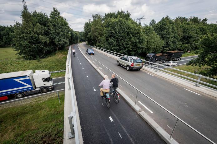 Het eerste deel van het nieuwe fietspad langs de Zuid Esmarkerrondweg is klaar