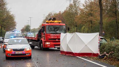 Automobilist komt om het leven na klap tegen boom in Diepenbeek