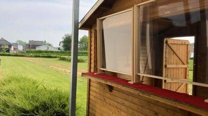 Glabbeek plaatst veilige babbelbox  aan woonzorgcentrum