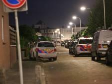 Politie massaal naar Almelose wijk De Riet vanwege man met nepwapen