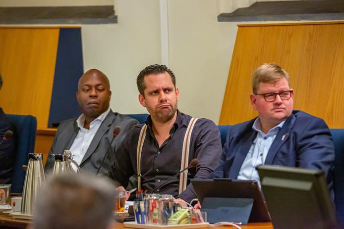 Het Bergse college bestaat momenteel nog uit de wethouders Andrew Harijgens, Barry Jacobs en Patrick van der Velden namens de coalitie GBWP, VVD, CDA en GroenLinks. Een meerderheid van de raad spreekt nu een eerste voorkeur uit voor een vernieuwde coalitie.