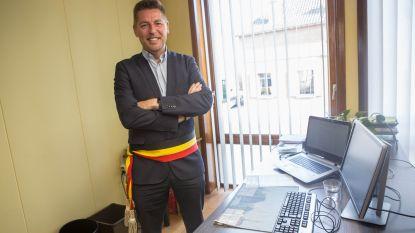 Vier Pajotse gemeenten zijn fusierijp, burgemeester Poelaert vreest voor verplichte fusie