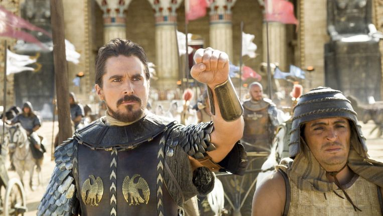 Christian Bale (l.) als Mozes in 'Exodus: Gods and Kings'.