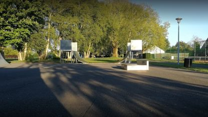 Twaalf jongeren op skatepark Tielt op de bon voor overtreding coronaregels
