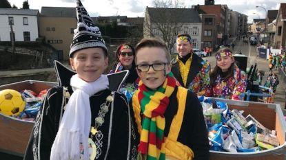 48ste carnavalsstoet trekt op Vette Dinsdag door Smeermaas