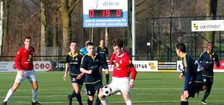 Overzicht | Geen goals in hekkensluiterderby Best Vooruit, duel tussen Deurne en Geldrop gestaakt