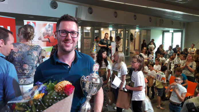 Tim van de Luijtgaarden van Nutsbasisschool Teteringen is Leraar van het Jaar 2019 in het basisonderwijs.