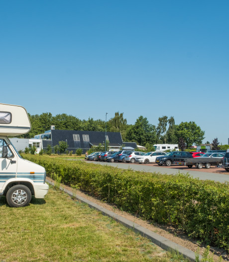 Recreatiesector dreigt met ACM als camperlocatie in Elburg niet verdwijnt