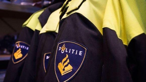 Beeld ter illustratie. De Nederlandse politie onderzoekt de identiteit van het slachtoffer en de manier waarop de persoon om het leven kwam.