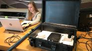 Laura (23) maakt zorgkoffer voor personen met dementie
