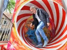 Kermis in Oisterwijk van start met burgemeester in de cakewalk