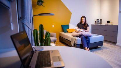 Niah als eerste geboren in 'de living' in AZ Monica Deurne