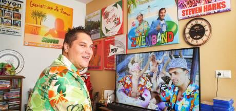 Veghelaar Steven Harks hoopt op nazomerhit met Zwemband: 'Radio 538 draaide het al'
