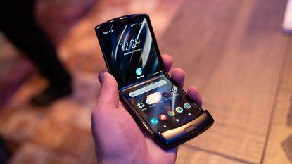Motorola Razr: modern scherm in klassiek jasje