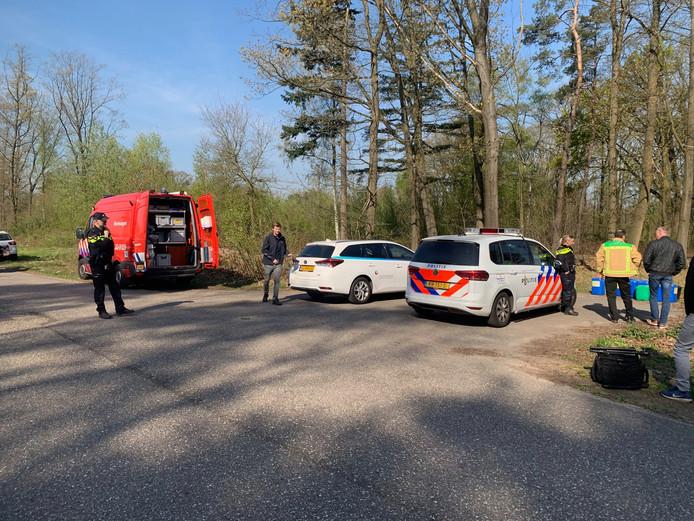 De brandweer en de politie zijn op locatie.