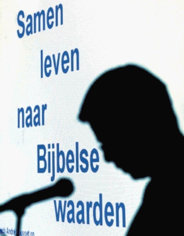 Rouvoet, met de op de achtergrond de slogan van de ChristenUnie. (ANP ) Beeld