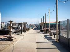 Hoekse strandtenthouders boos op gemeente: 'Het is hier helemáál niet te druk'