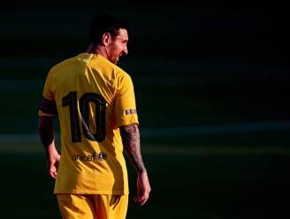 Barcelona wint eerste oefenpot met aanvoerder Messi tussen de lijnen