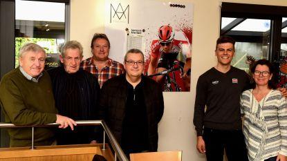 Wielrenner Arne Marit heeft zijn eigen supporterslokaal in El Faro