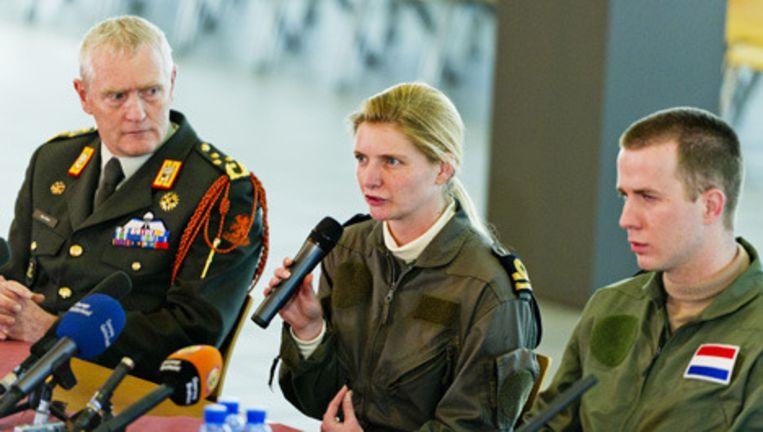 De drie Nederlandse militairen die twaalf dagen vastzaten in Libie. Foto © anp Beeld