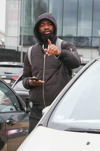 """Spelersstaking tegen terugkeer 'splijtzwam' Lamkel Zé nipt vermeden: """"Het enige wat we kunnen doen, is hem proberen te negeren"""""""