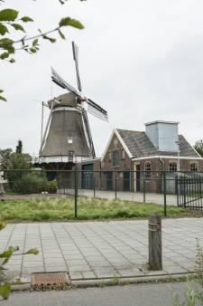 Buurt strijdt tegen horeca en bakkerij in molen van Elburg