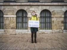 Terwijl alles over corona gaat, is er ook nog één klimaatstaker in Gent