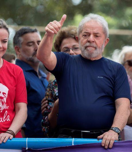 La discrétion de la classe politique brésilienne dans l'arrestation de Lula