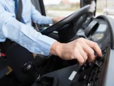 Dronken Duitse chauffeur achter stuur schoolbus vandaan geplukt