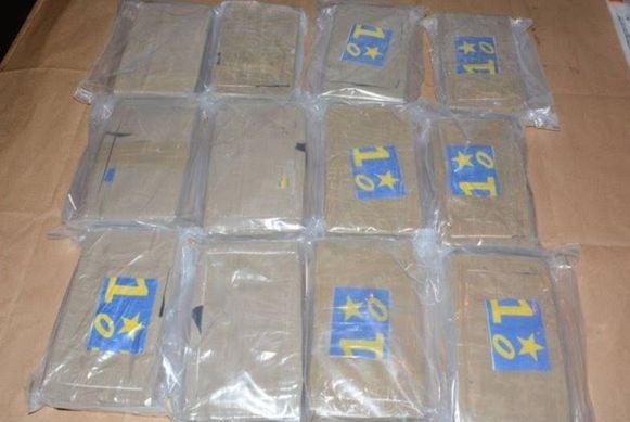 De National Crime Agency deelde op Twitter deze foto van de drugsvangst.