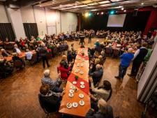 85 bruidsparen uit Laarbeek toasten op hun huwelijk