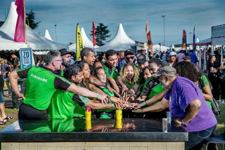 Korfballers met Surinaamse roots zijn goed vertegenwoordigd in de Nederlandse competities.  Beeld Jean-Pierre Jans