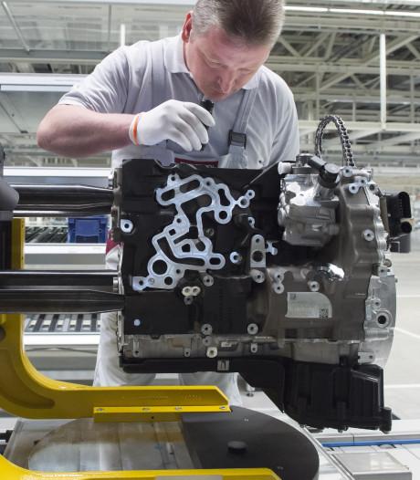 'Verkoop benzine- en dieselauto's moet over tien jaar stoppen'
