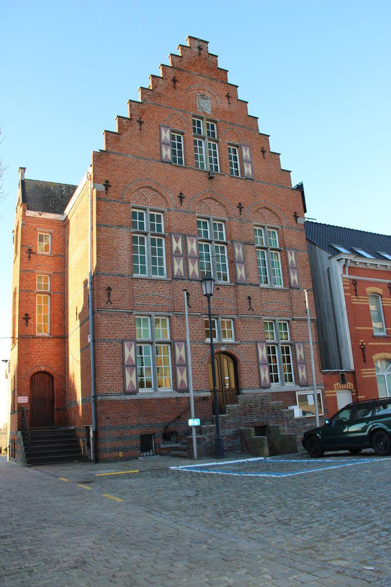 Het audioverslag van de gemeenteraad vind je terug op de gemeentelijke website.