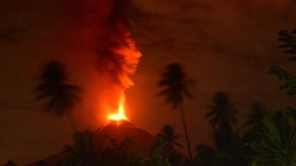 Vulkaan Soputan barst uit op Indonesische eiland Sulawesi
