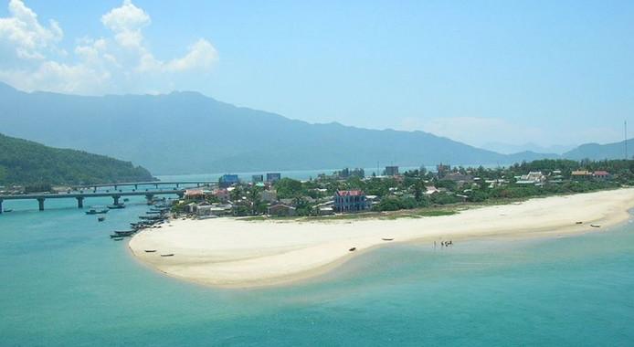 Het Lang Co-strand.