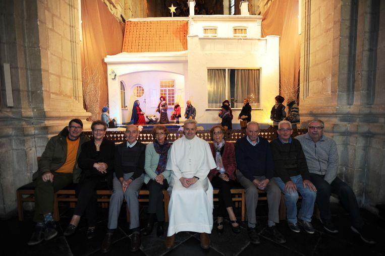 De vrijwilligers hebben weer werk gemaakt van een monumentale kerststal in de basiliek.
