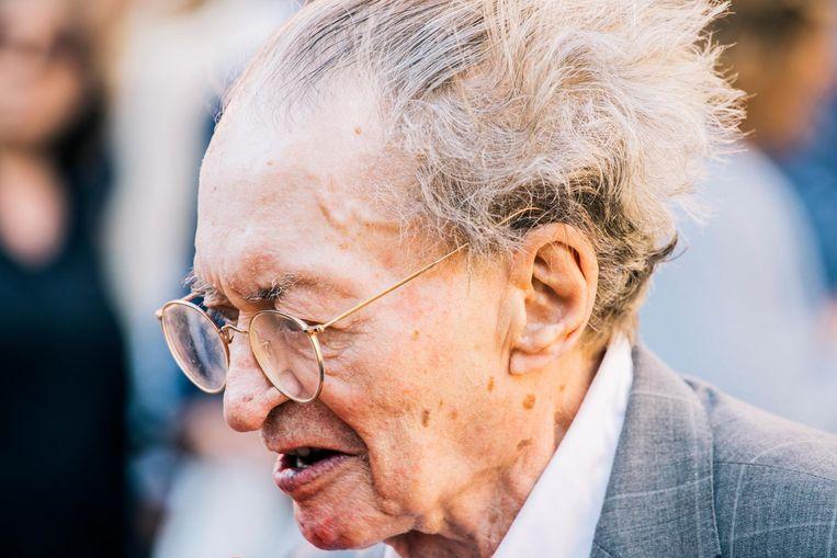 Dichter Remco Campert: 'Wie ik ben, weet ik nog steeds niet' Beeld Marcel Wogram