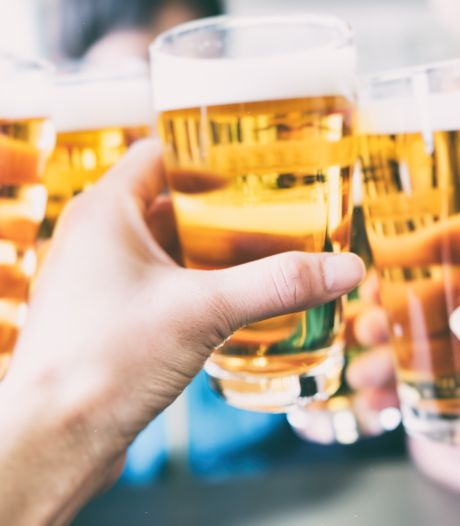Illegaal feestje bij Tilburgs café: politie grijpt in