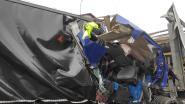E17 richting Kortrijk volledig afgesloten door ongeval met vijf vrachtwagens in Destelbergen
