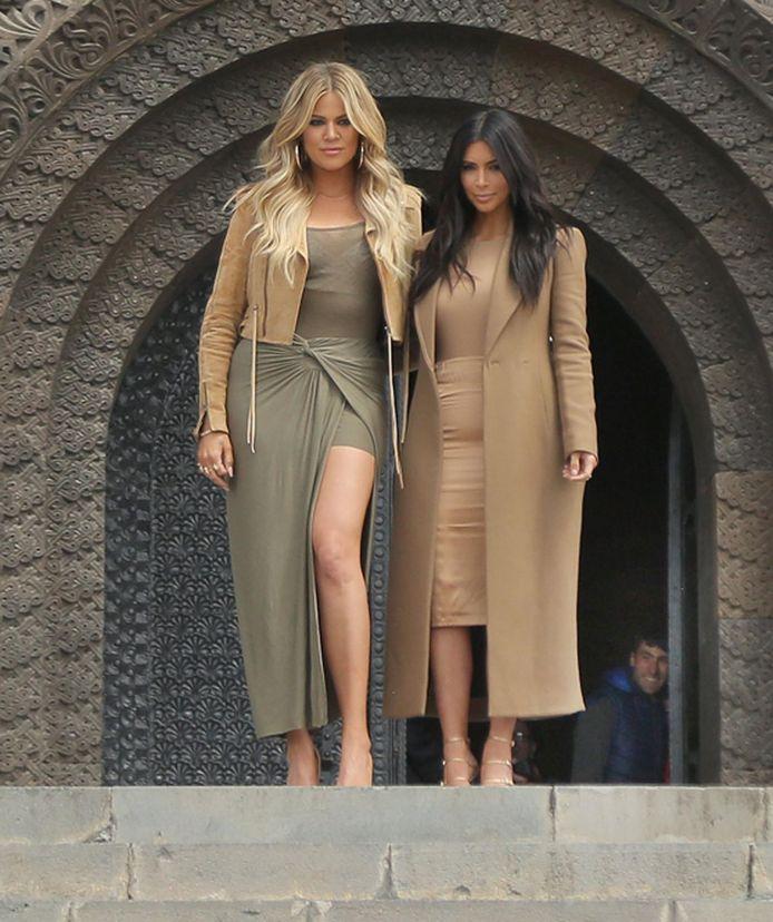 Kim Kardashian avec sa soeur Khloe.