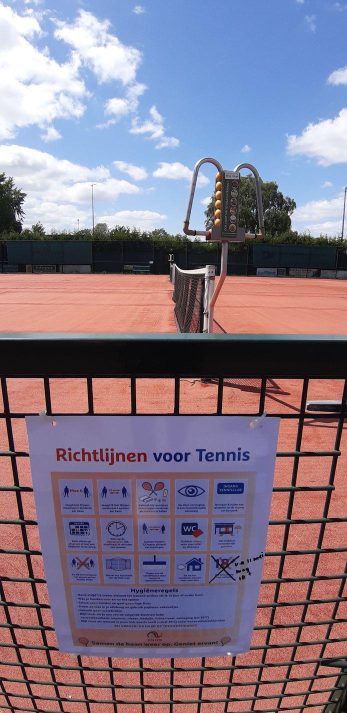 Coronaregels op de tennisbaan