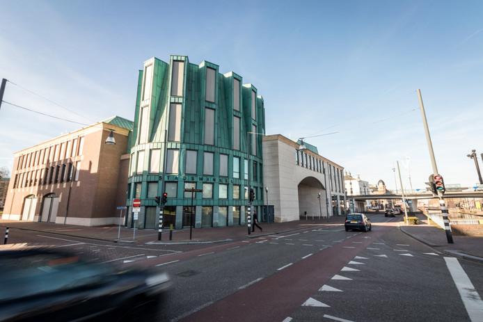 Het Boscotondo-complex in Helmond, met daarin onder meer de raadszaal en de stadswinkel