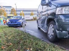 Bestuurster gewond bij aanrijding Vathorst