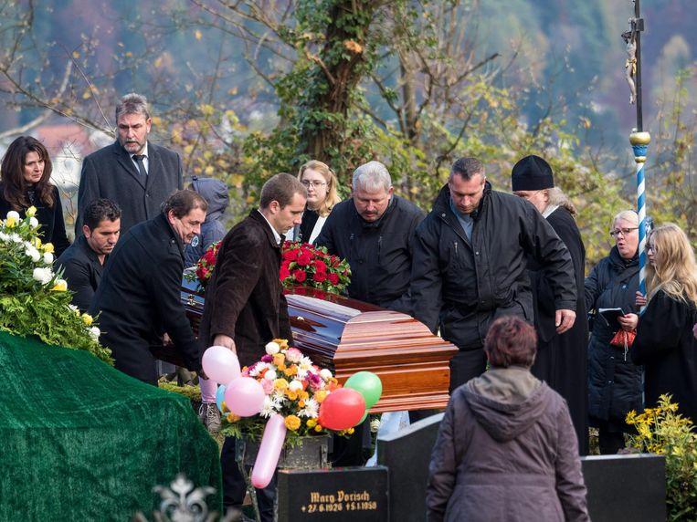 's Werelds grootste clown, Popov, is onlangs overleden. Beeld epa