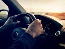 Autobezit van jongeren op platteland twee keer zo hoog als in de stad