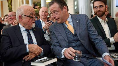 """Bart De Wever: """"Zoals Jan Peumans heb je er misschien één nodig in de partij, maar geen twee"""""""