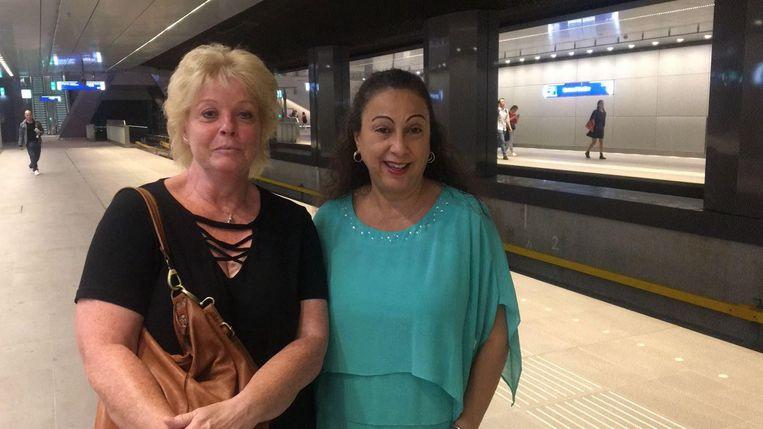 Hetty (links) en Jenny Beeld Raounak Khaddari